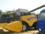 Парламентарий  побывал с  рабочей  поездкой  в  Андроповском  районе и   принял участие  в  уборке  урожая.