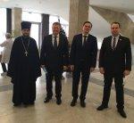 Игорь Николаев поздравил земляков с Рождеством и Старым Новым годом