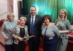Игорь Николаев поздравил женщин Андроповского района с наступающим 8 Марта